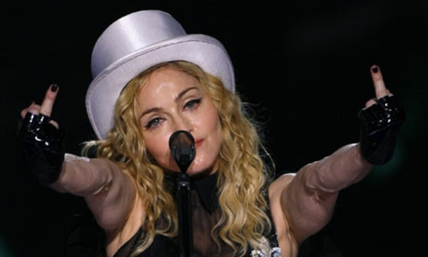 Madonna-performs-in-Bucha-001